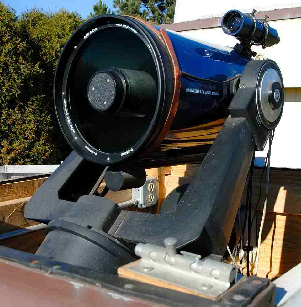 Fork mounted equatorial telescope at the MAS Observatory. MAS image.